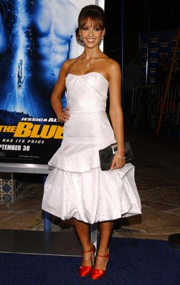 Jessica Alba at the Westwood premiere of MGM/Columbia Pictures' Into the Blue