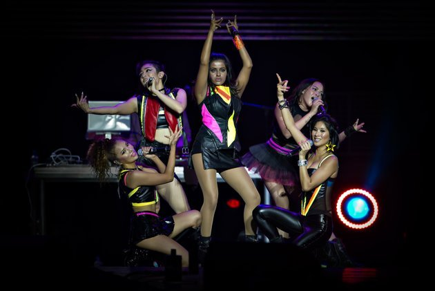 The all-Asian female group Blush performed energetic and catchy pop songs to open the night. (Yahoo! Photo)