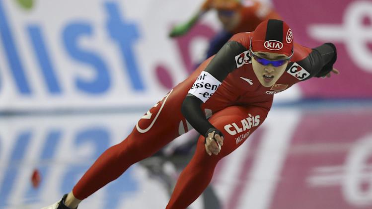 Mulder defends title at world sprint speedskating