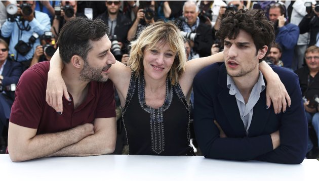 "Director and actress Valeria Bruni Tedeschi poses with cast members during a photocall for the film ""Un Chateau en Italie"" at the 66th Cannes Film Festival"