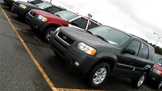 Ford Recalls Nearly 500K Escape SUVs for Sticking Pedals