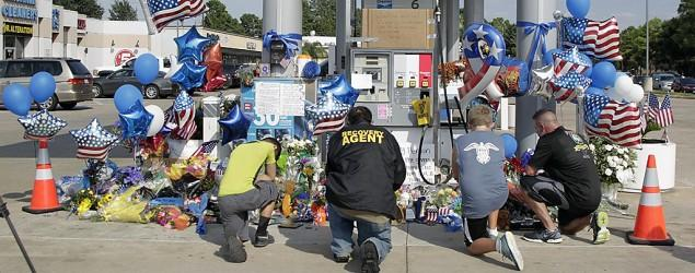 Motive sought in Texas gas station ambush