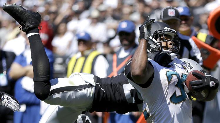Jaguars' Jones-Drew feeling better, hopes to play