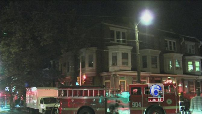3 people escape West Philadelphia house fire