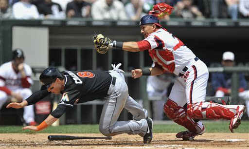 White Sox beat Marlins 5-3 to complete sweep