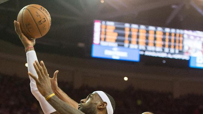 Cavs make first 11 3-pointers, beat Hawks 127-94