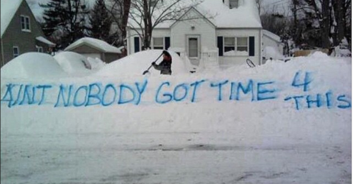 13 Pics That Show How We Really Feel About Snow
