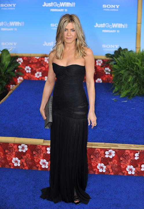 Jennifer Aniston in basic black
