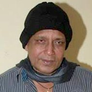 Mithun Chakraborty Eyes Concern For Cine Workers