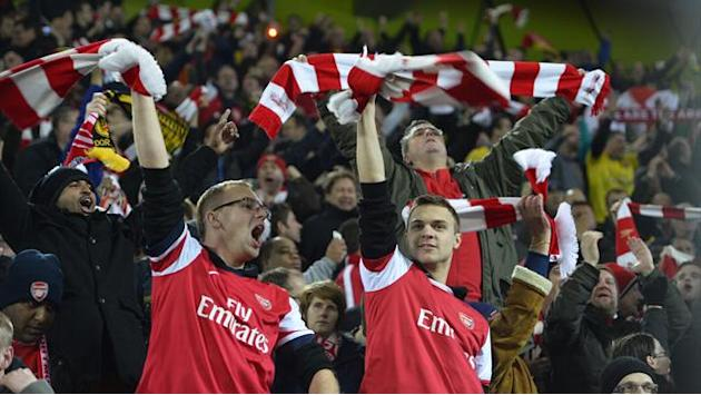Champions League - Arsenal to investigate fan problems
