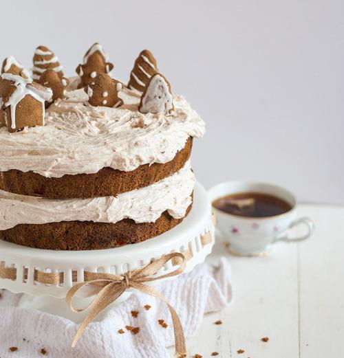 Gluten-Free Gingerbread Cake with Cinnamon Buttercream