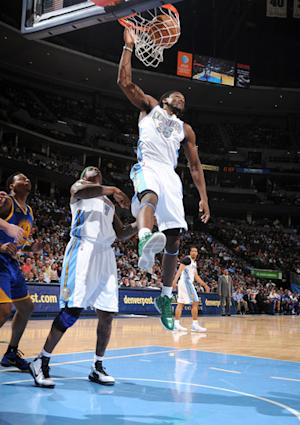 Faried scores 27 points, Nuggets rout Warriors