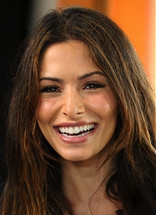 Sarah Shahi To Recur On 'Person of Interest'