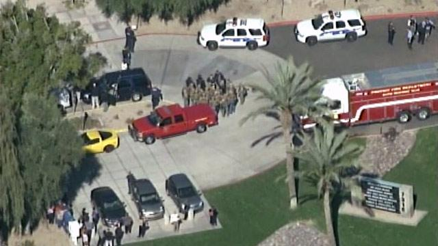 Phoenix Gunman Shoots 3 at Office