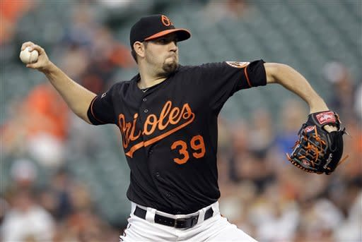 Orioles breeze past Royals 8-2