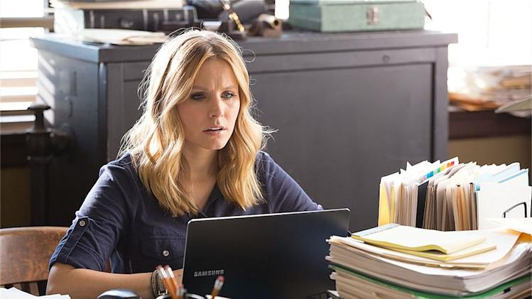 Movie review: 'Veronica Mars' returns to dark, witty life