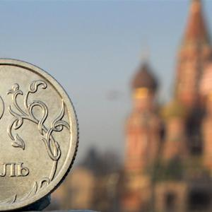 Russia Jacks Up Interest Rate, Ruble Hits Record Low