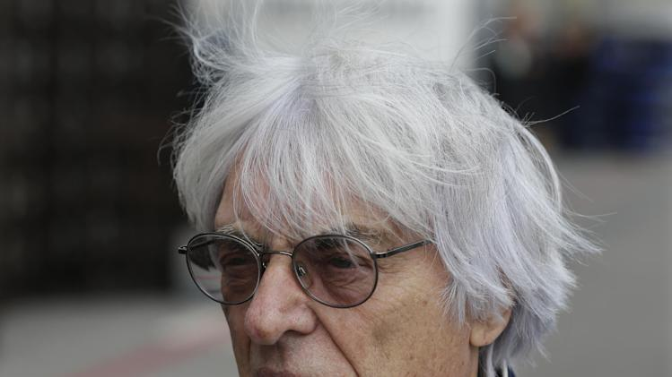 Ecclestone to run F1 during bribery trial