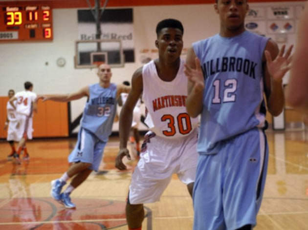 William Thompson and his Martinsburg teammates were displaced by an investigation into a meth lab at a Motel 6 — BeRecruited
