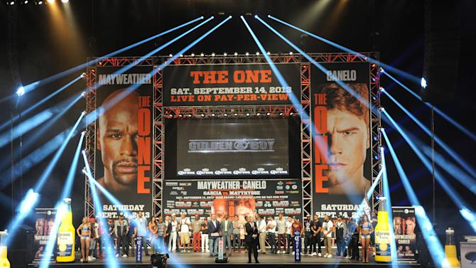 Boxing: Mayweather vs Alvarez-Weigh-in