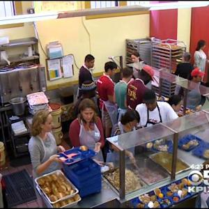 Thousands Fed On Thanksgiving At Glide Memorial Church