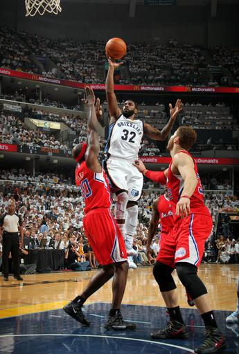 Grizzlies even series 1-1, beat Clippers 105-98