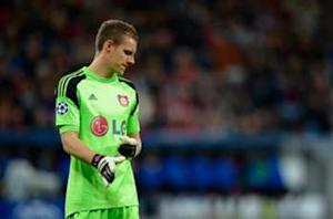 Leno signs new Leverkusen contract