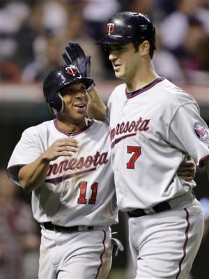 Mauer snaps slump as Twins beat Indians, 7-4