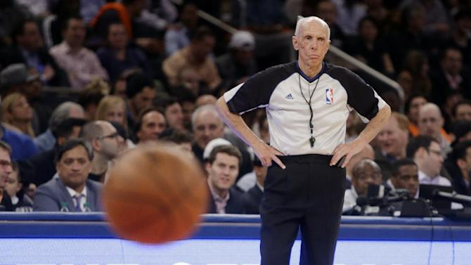 NBA ref Bavetta's ironman streak hits 2,633 games