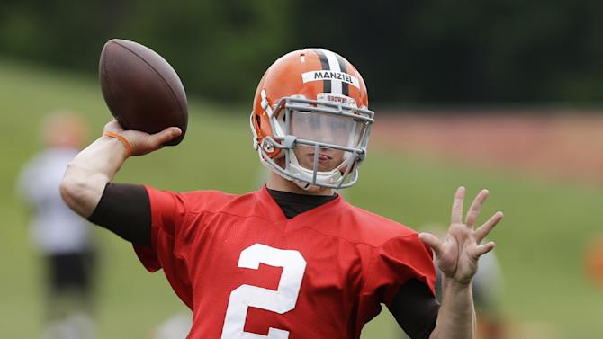 Manziel scores as NFL's top-selling jersey