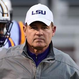 Embattled Les Miles to coach LSU in final regular season game against Texas A&M