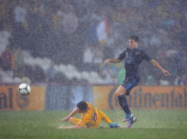 French Midfielder Samir Nasri (R) Vies AFP/Getty Images