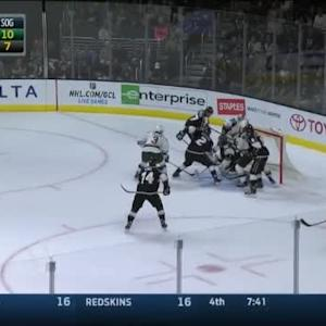 Jonathan Quick Save on Nino Niederreiter (18:39/1st)