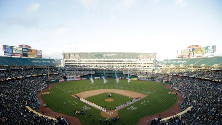 Cleveland Indians v Oakland Athletics