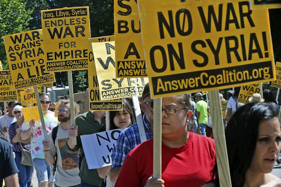 Anti-Syria protesters picket outside White House - Yahoo News