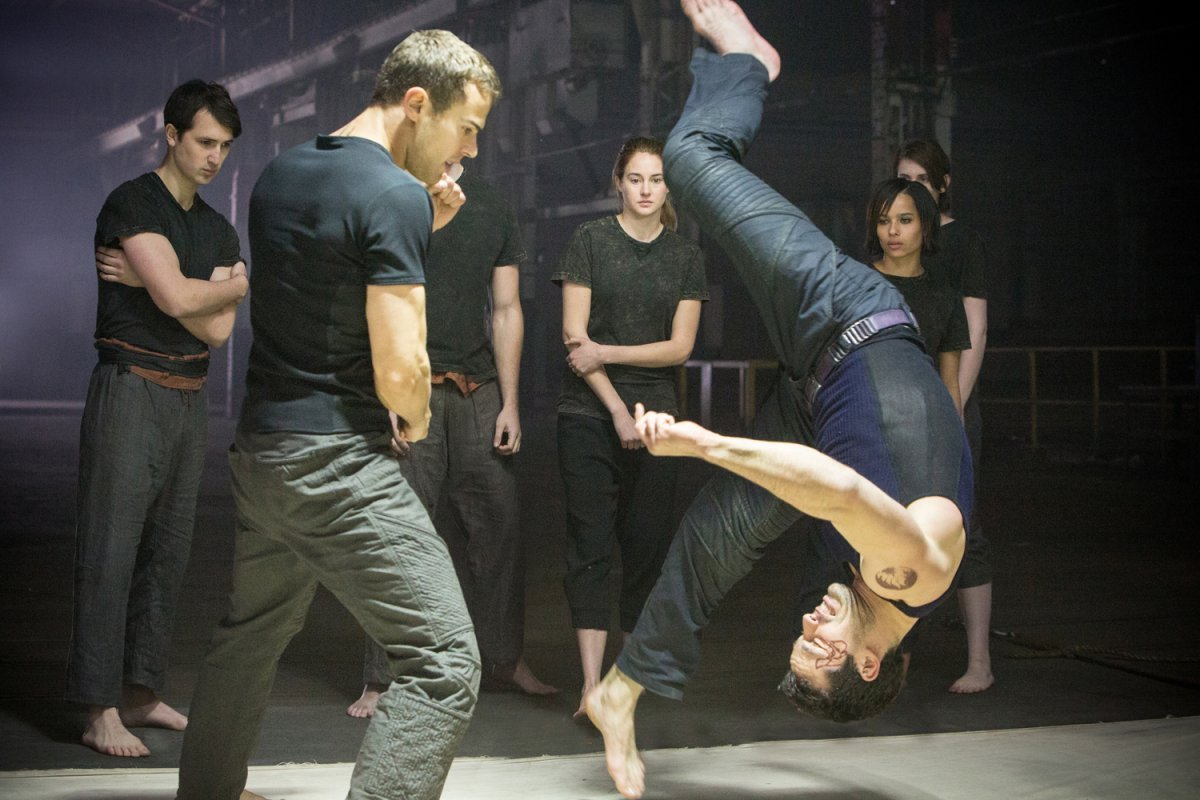 divergent fighting theo four