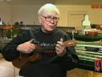 Warren Buffett Sings, Plays Ukulele for Chinese New Year