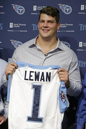 Titans' top pick says he never threatened woman