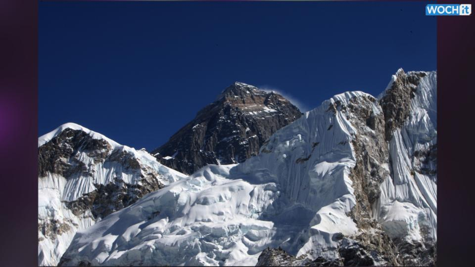 Scientists warn Everest glaciers at risk of disappearing