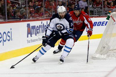 NHL Wednesday: Capitals lead Jets 4-3 after two periods