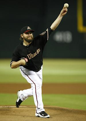 Miley, Parra lead D-backs to 9-2 win over Rockies