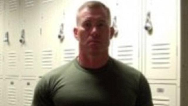 Florida Marine Veteran Shot in Craigslist Robbery Used Fingers to Plug Bullet Wounds