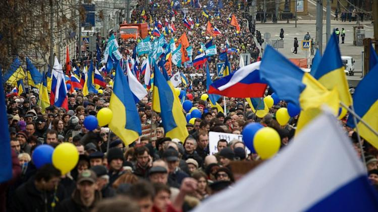 Dueling Protests Held in Moscow Ahead of Crimea Referendum