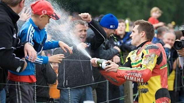Tommy Hill celebrates (British Superbike official)