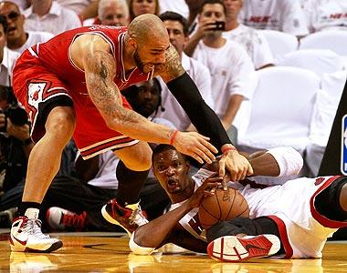 Bosh takes center stage in Game 3 win