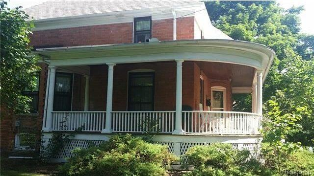 Price Chopper: Detroit's Charming Country Cottage Chops Price to $76K