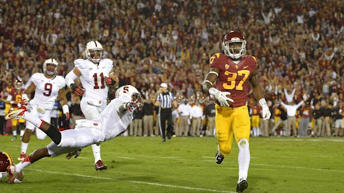USC stuns No. 5 Stanford 20-17 on late field goal
