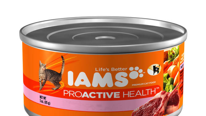 This photo provided by Procter & Gamble shows Iams ProActive Health cat food. The Procter & Gamble Co. is selling its Iams and Eukanuba brands in Europe to Spectrum Brands, shedding the remaining parts of its pet care business, the company said Tuesday, Sept. 23, 2014. (AP Photo/Procter & Gamble)