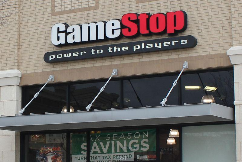 GameStop stores will sell you Steam hardware that makes GameStop irrelevant