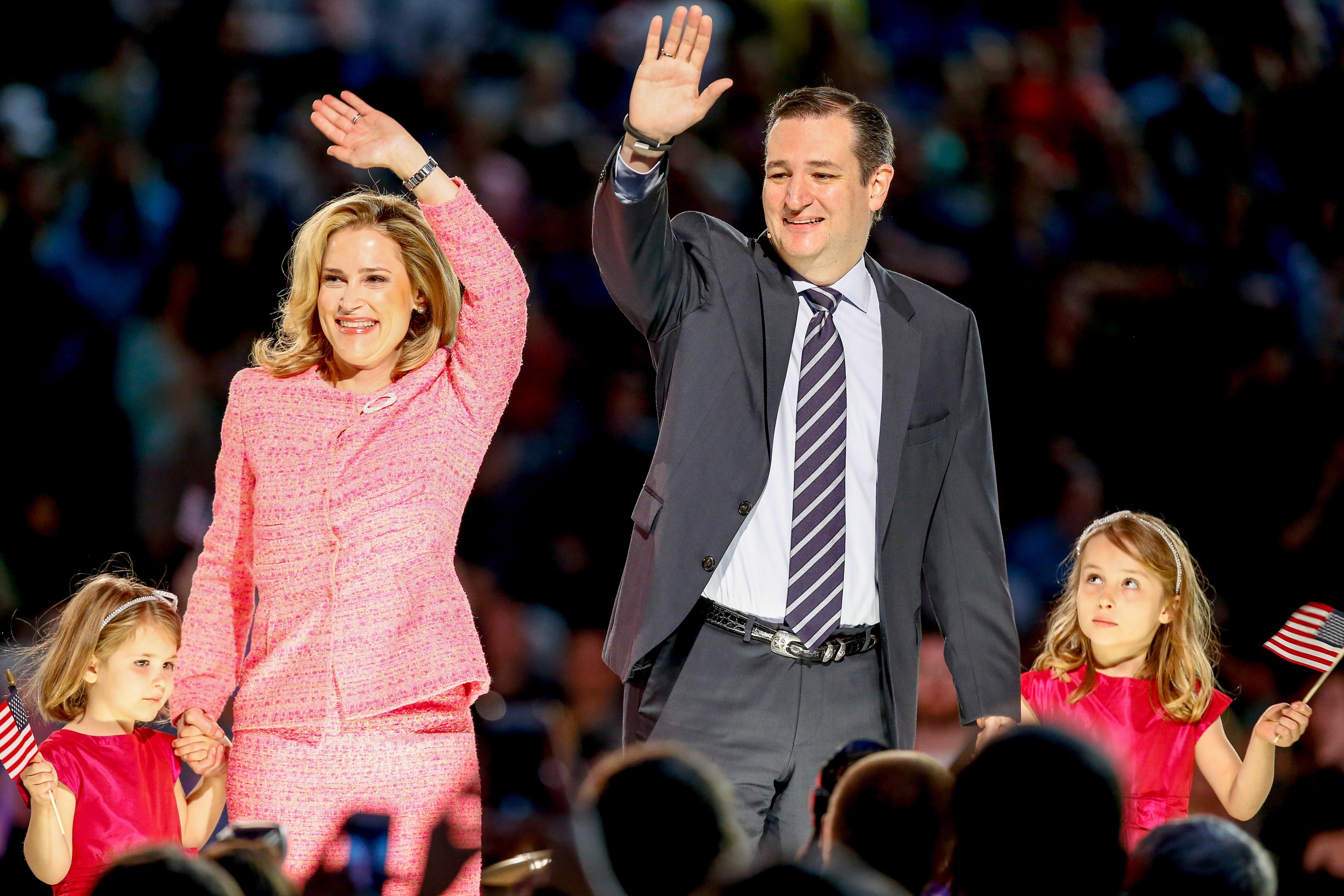 Cruz eyes insurance via Obamacare, a law he vows to scrap